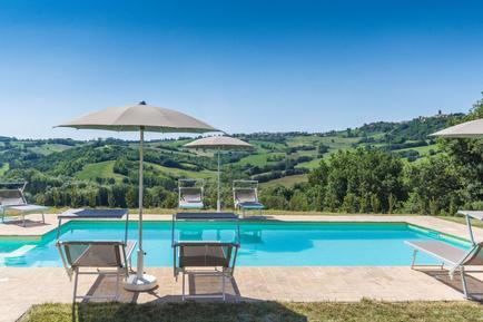 Gemütliches Ferienhaus : Region Adria für 14 Personen