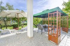Appartement 1003881 voor 5 volwassenen + 1 kind in Trogir
