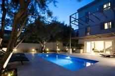 Ferienwohnung 1004797 für 6 Personen in Split