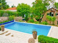 Holiday apartment 1006313 for 4 persons in Novi Vinodolski