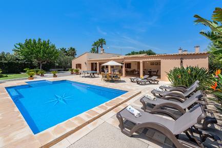 Gemütliches Ferienhaus : Region Balearen für 6 Personen