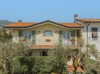 Holiday home 1006927 for 4 persons in Marina Di Massa