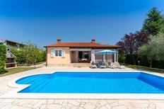 Ferienhaus 1006962 für 4 Erwachsene + 1 Kind in Žbandaj