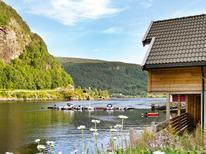 Ferienwohnung 1007245 für 6 Personen in Leirvik