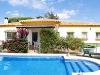 Holiday home 1007946 for 8 persons in Chiclana de la Frontera