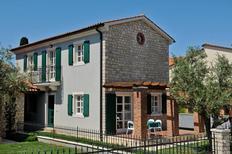 Maison de vacances 1008148 pour 4 adultes + 1 enfant , Buići