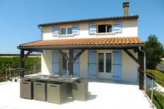 Holiday home 1008741 for 8 persons in Saint Seurin D'Uzet