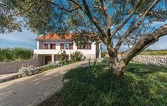 Casa de vacaciones 1009488 para 6 personas en Privlaka
