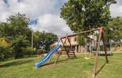 Vakantiehuis 1009913 voor 10 volwassenen + 2 kinderen in Acqualagna