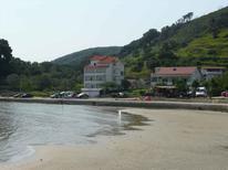Ferienwohnung 1010924 für 4 Personen in Supetarska Draga
