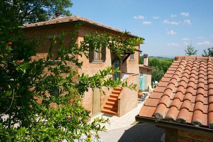Gemütliches Ferienhaus : Region Montepulciano für 9 Personen