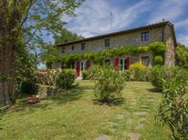 Holiday home 1011963 for 12 persons in Vicchio