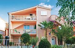 Appartement 1014840 voor 5 personen in Privlaka