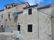 Ferienwohnung 1014998 für 2 Erwachsene + 2 Kinder in Prvić Luka