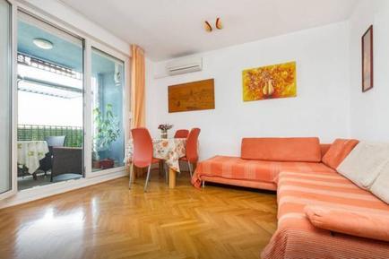 Für 5 Personen: Hübsches Apartment / Ferienwohnung in der Region Split