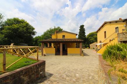 Für 4 Personen: Hübsches Apartment / Ferienwohnung in der Region Bucine