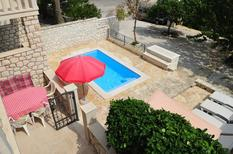 Holiday apartment 1015411 for 7 persons in Supetar