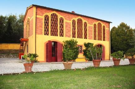 Gemütliches Ferienhaus : Region Marlia für 4 Personen