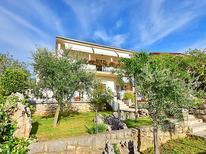 Appartement 1016529 voor 5 personen in Jadranovo