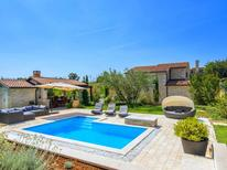 Villa 1017766 per 8 persone in Baderna