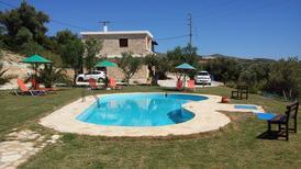 Appartement 1018961 voor 4 volwassenen + 1 kind in Triopetra