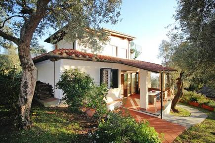 Gemütliches Ferienhaus : Region Toskana für 8 Personen