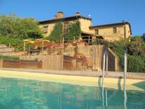 Casa de vacaciones 1020349 para 8 personas en San Gimignano