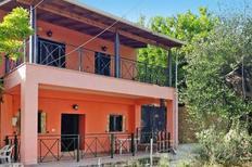 Ferienhaus 1020362 für 6 Erwachsene + 2 Kinder in Korakades