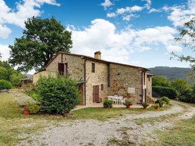 Gemütliches Ferienhaus : Region Radicofani für 8 Personen
