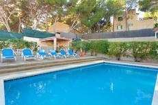 Vakantiehuis 1023635 voor 12 personen in Les Meravelles