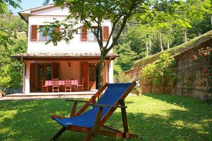 Gemütliches Ferienhaus : Region Strettoia für 6 Personen