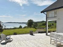 Holiday home 1025341 for 10 persons in Harøysund