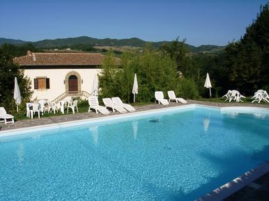Gemütliches Ferienhaus : Region Vicchio für 10 Personen