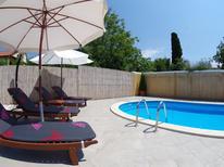 Ferienhaus 1026592 für 6 Personen in Sv. Kirin