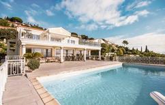 Villa 1028346 per 10 persone in Les Issambres