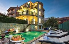 Ferienhaus 1028357 für 14 Personen in Split-Kucine