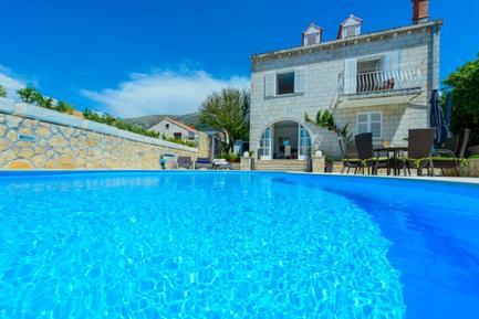 Gemütliches Ferienhaus : Region Dubrovnik für 10 Personen