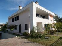 Villa 1031511 per 10 persone in Bibione