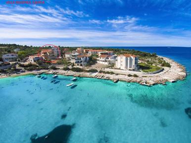 Für 10 Personen: Hübsches Apartment / Ferienwohnung in der Region Šibenik-Knin