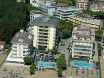 Holiday apartment 1031763 for 4 persons in Lido di Jesolo