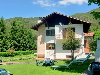 Gemütliches Ferienhaus : Region Oberitalienische Seen für 12 Personen