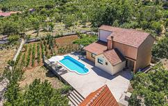 Ferienhaus 1127497 für 8 Personen in Mravnica