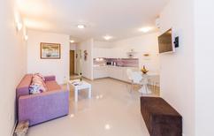 Ferienwohnung 1129965 für 4 Personen in Makarska