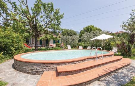 Gemütliches Ferienhaus : Region Marlia für 8 Personen