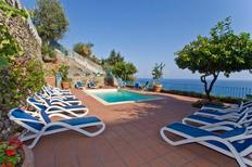 Vakantiehuis 1130558 voor 12 personen in Amalfi