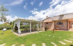 Casa de vacaciones 1130620 para 6 adultos + 2 niños en Viareggio