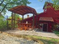 Appartement 1131257 voor 12 personen in Fabriano