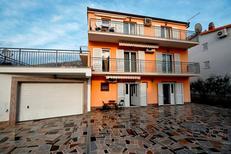 Appartement 1131594 voor 8 personen in Podstrana