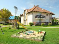 Ferienwohnung 1132147 für 5 Personen in Balatonoszöd