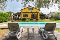 Vakantiehuis 1132161 voor 7 personen in Kaštel